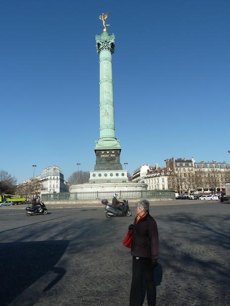 Aunty Betty In Paris Place De La Bastille