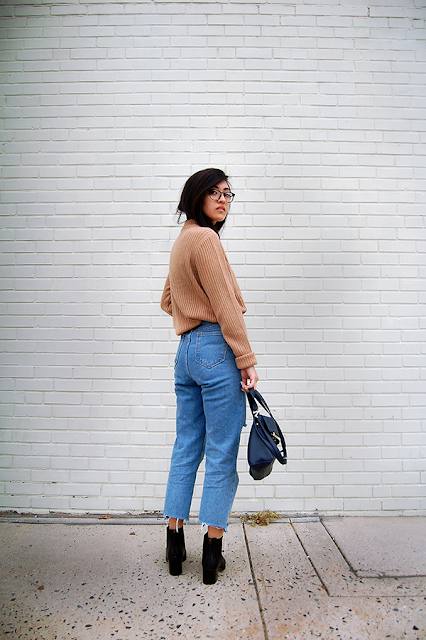 Black Ankle Boots Mom Jeans