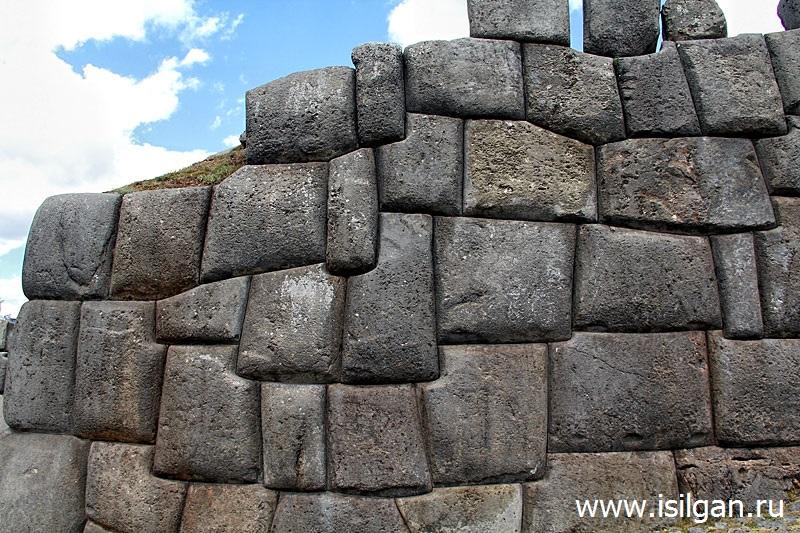 Саксайуаман (Sacsayhuaman). Священная Долина Инков. Перу