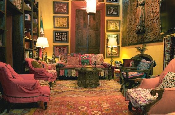 Familiar Elements Of Old Spanish Colonial Homes Include Elegant Living Rooms With Colorful Walls Textiles And Some World Accents In Rich Colors
