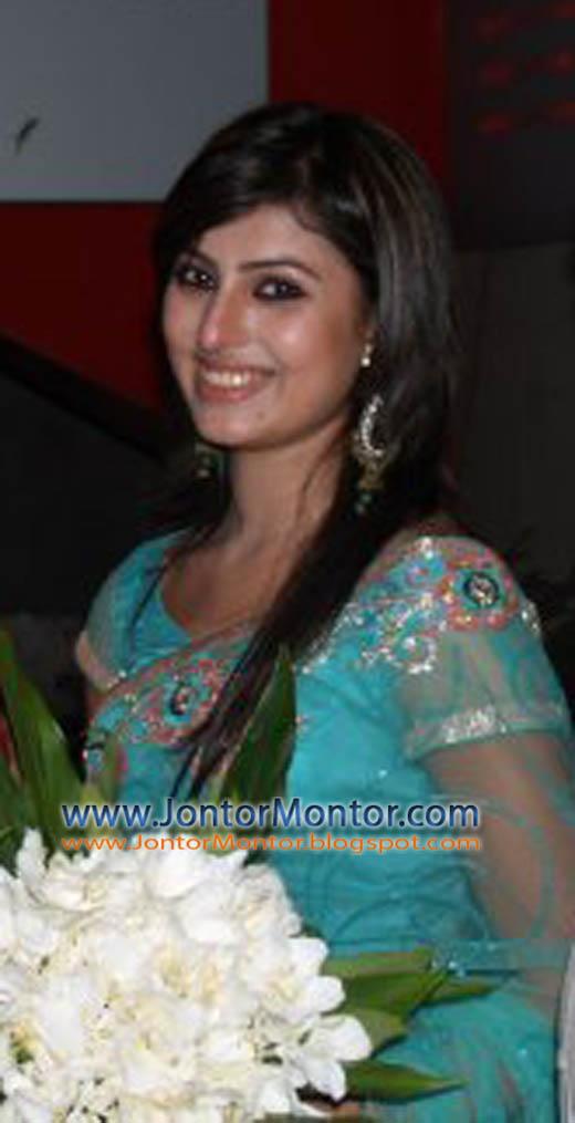 Anika Kabir Shokh 02