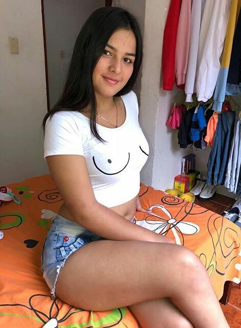 Model Karen Lopez(@karen.lopez68) Photos - Instagram Pictures