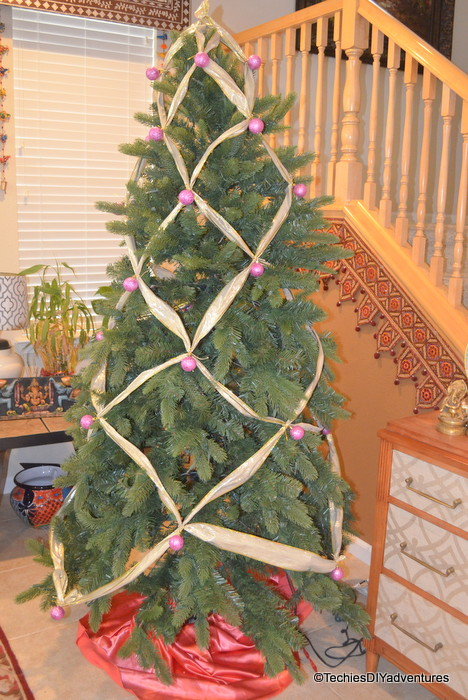 criss cross ribbon christmas tree