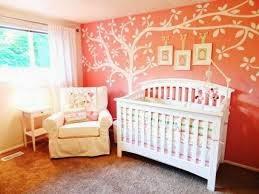 Dormitorio bebé naranja