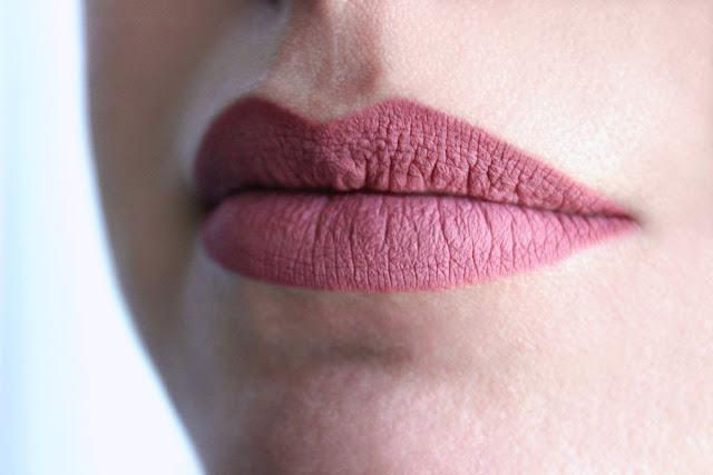 Полуперманентные гелевые карандаши Provoc Semi-Permanent Gel Lip Liner #10, 18, 21.