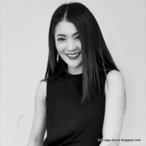 Lirik Lagu Mengapa Cinta - Indah Dewi Pertiwi OST Anugerah Cinta