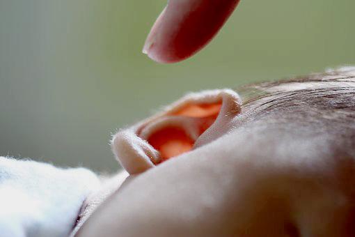 Infeksi telinga pada bayi