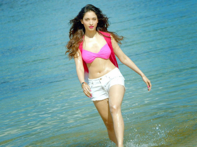 tamannaah-bhatia-movie-scene-at-beach