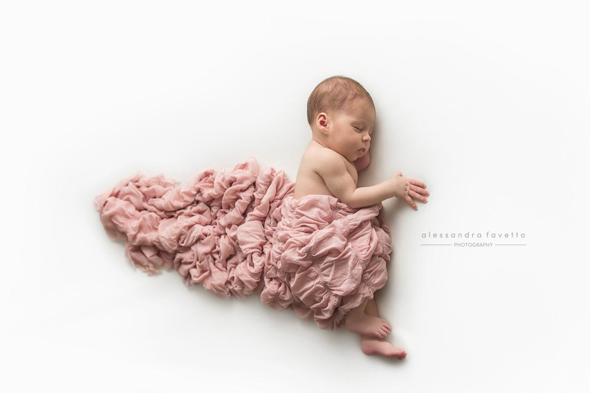 Sesión foto recién nacido a domicilio en Cadiz