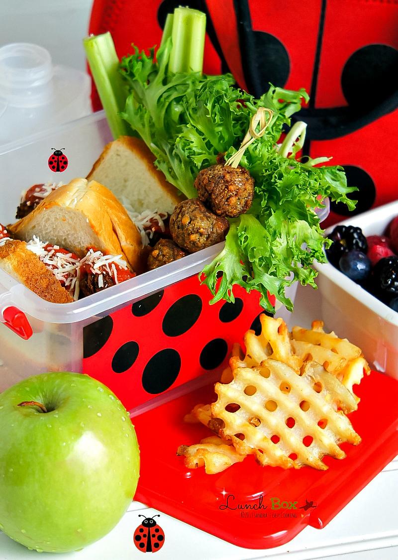 Homemade Lunch Box: Mini Meatball Marinara