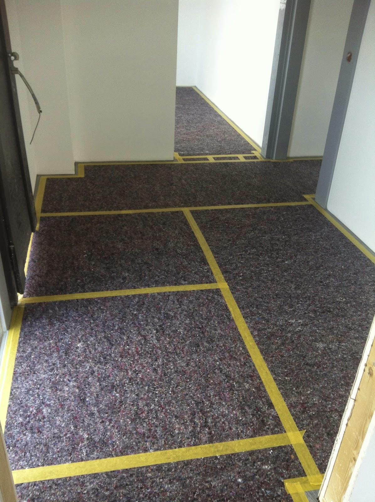 unser hausbau mit davinci haus abschluss fliesen und bodenplatte garage. Black Bedroom Furniture Sets. Home Design Ideas