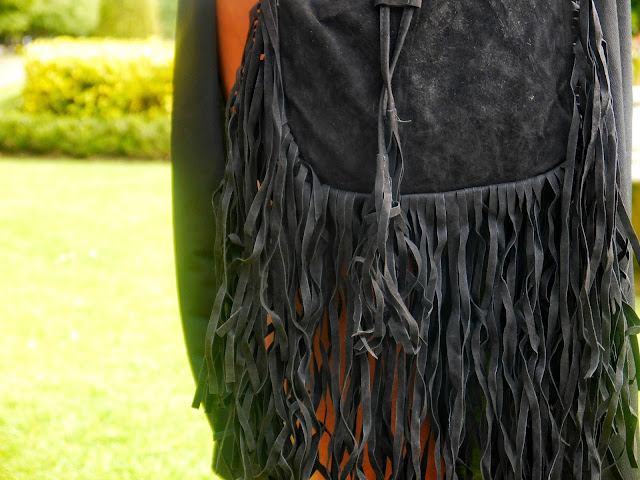 BOOHOO BLACK FRINGE BAG