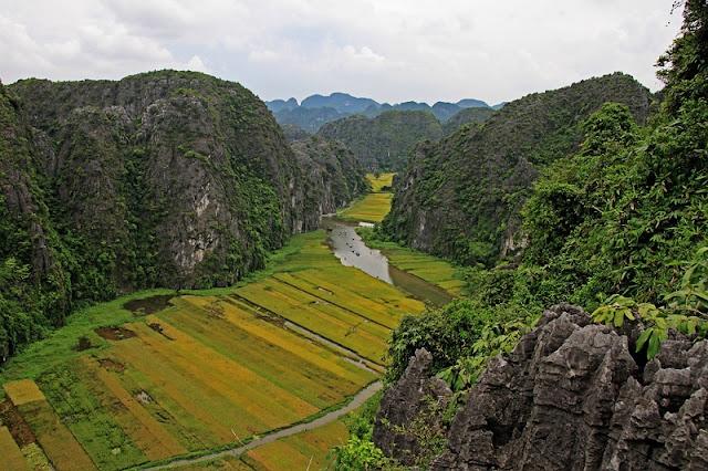 Ninh Binh Tourism:  Vietnam's Hidden Gem 3