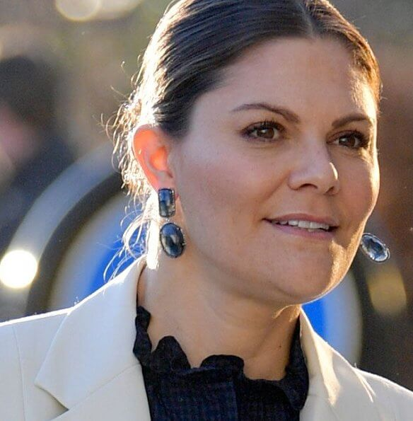 Crown Princess Victoria wore Ebba Brahe Duchess Earrings