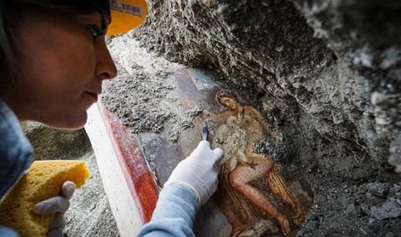 Yok Olan Şehir Pompei'de Bulunan Resim Tabloları