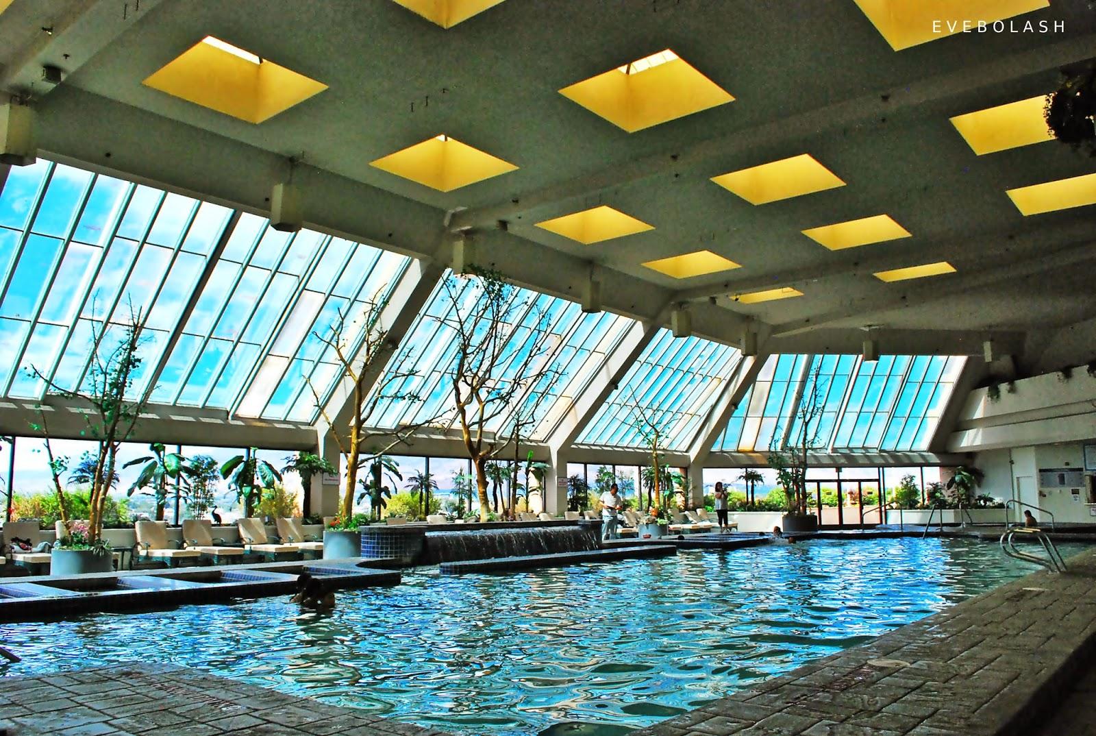 Happiness john ascuaga 39 s nugget casino resort - Reno hotels with indoor swimming pool ...