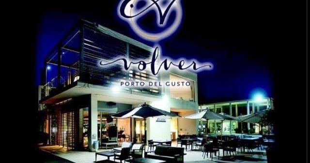 """Al ristorante """"volver"""", del porto turistico """"marina cala de' medici"""", una magnifica serata con """"savini tartufi"""" e il """"podere san michele""""."""