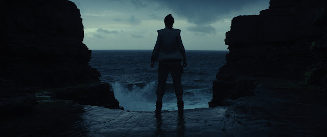 rey contemplating life in the last jedi