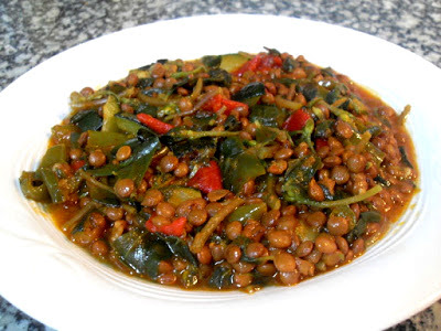 Lentejas con verdolaga y verduras