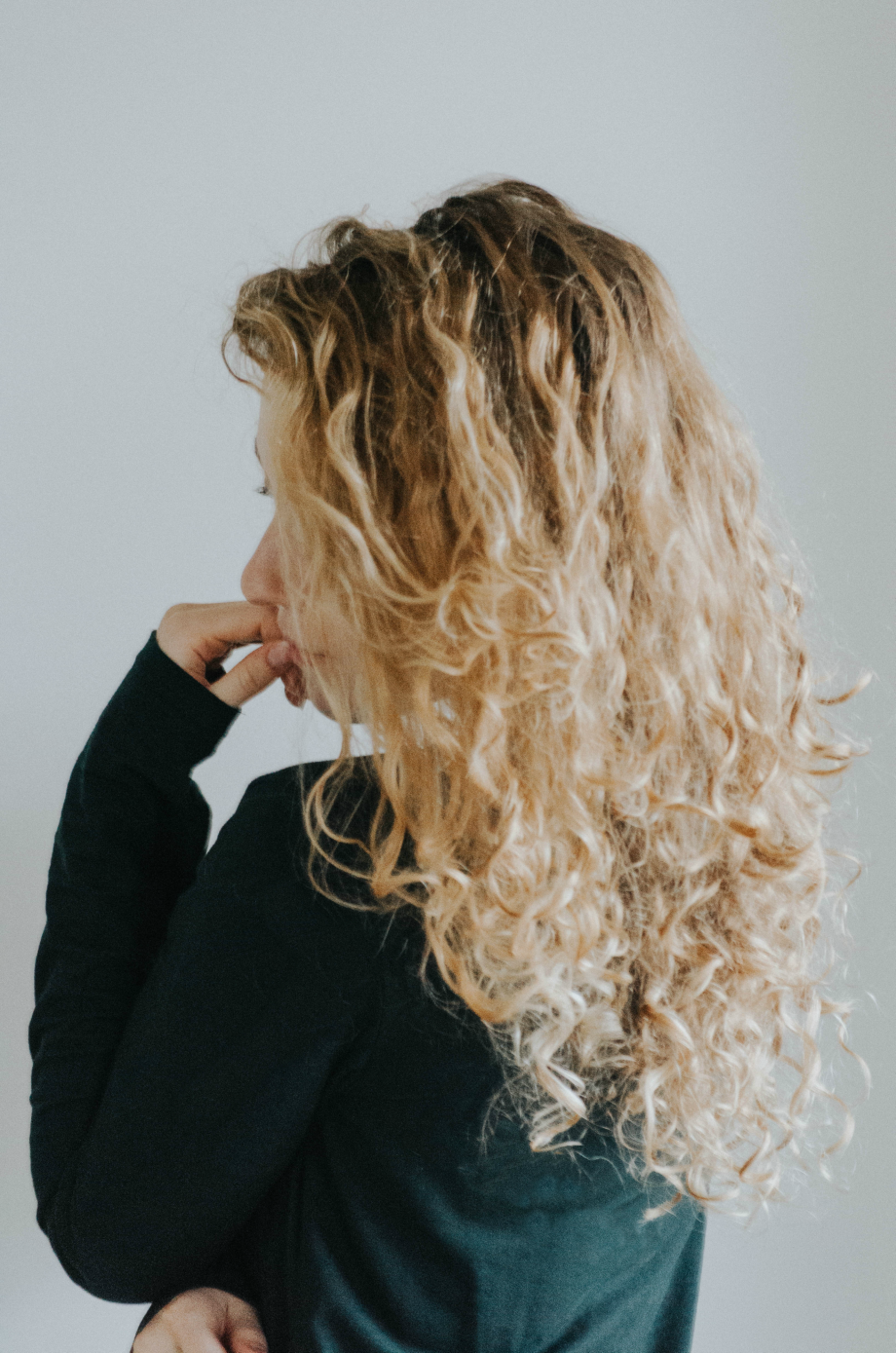 4 Crucial Tips For No Fuss Curly Hair Care