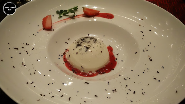 Crunchy Chocolate & Strawberry Pannacotta @ The North Italian Food Festival @ Alto Vino | Marriott Whitefield | Bangalore