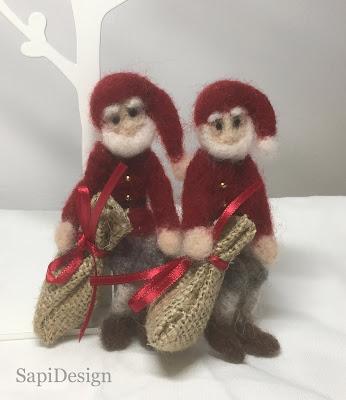 tonttu joulu neulahuovutus lahjasäkki SapiDesign