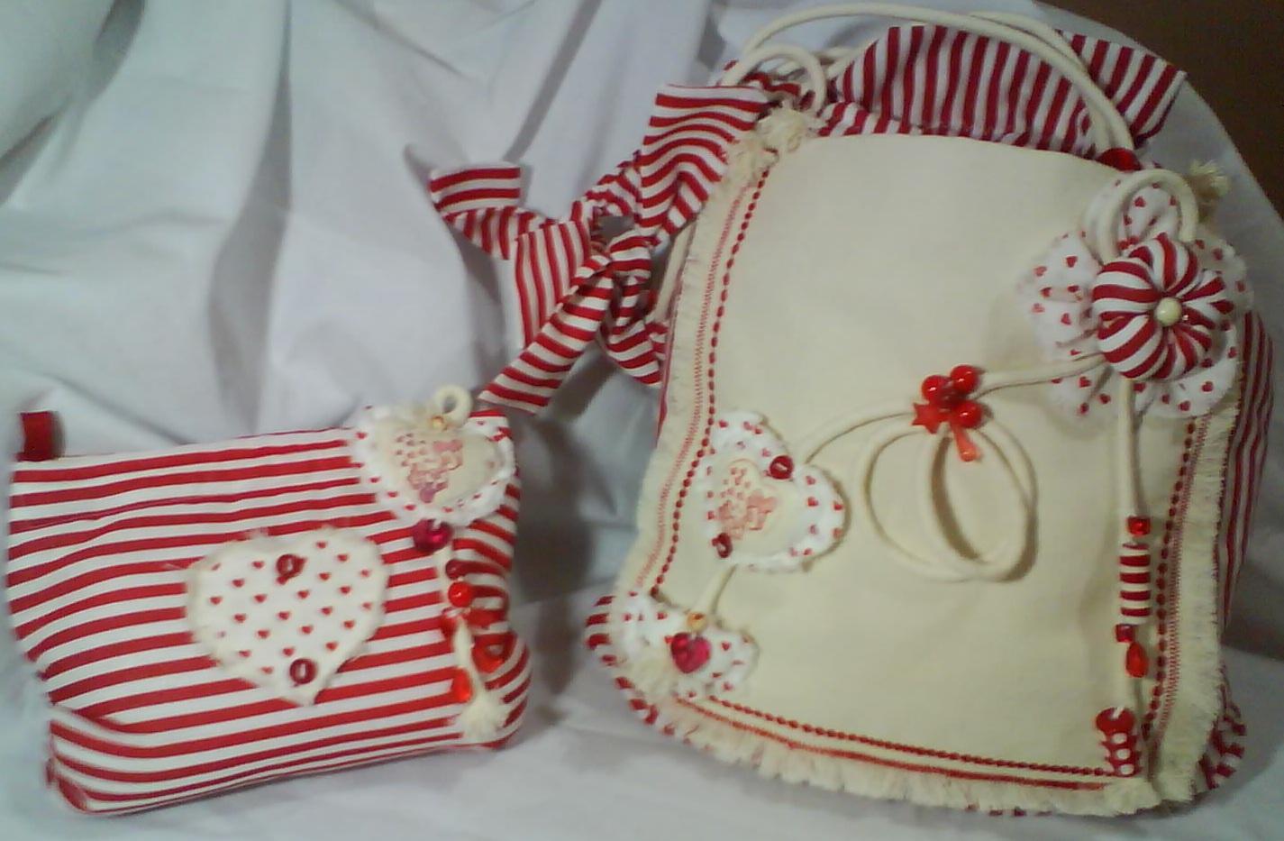 3eabfeb1a Artes Somente Artes . Cristina Peixoto: Bolsa e necessaire de tecido.