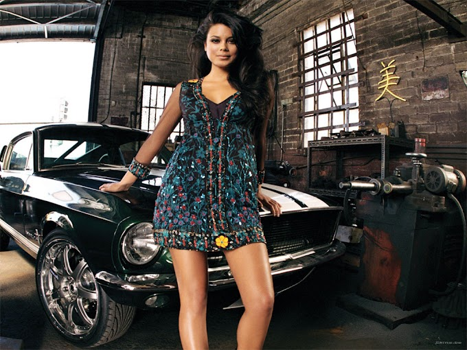 Hollywood actress Nathalie Kelley Sexy Hot Pictures Photo Gallery HD Wallpapers
