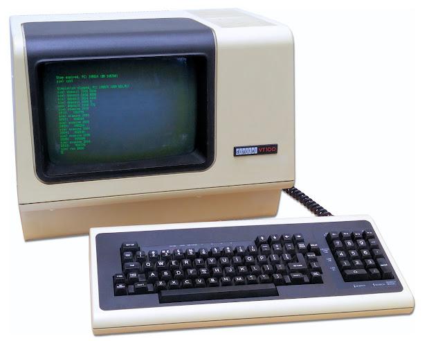 Digital Equipment Vt100 Terminal Corporation - Year of Clean