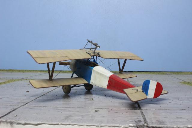 Maquette du Nieuport Ni-11 d'Eduard au 1/48.