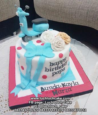 Birthday Cake Sepeda Motor Vespa Fondant