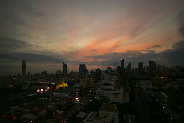 Alba a Bangkok