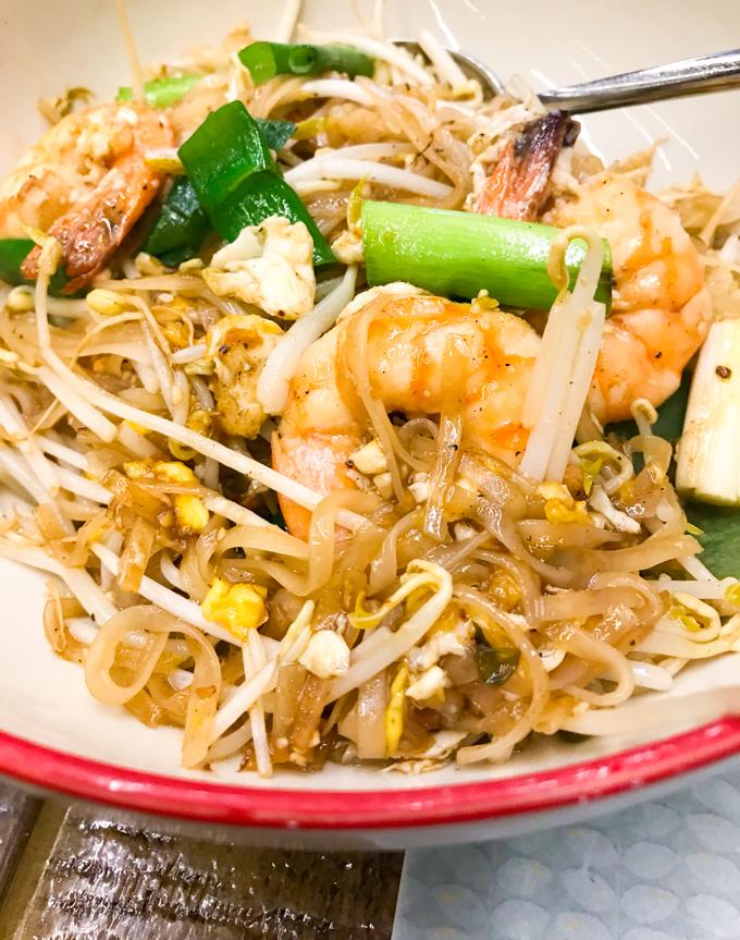 Petit Bangkok pad thai