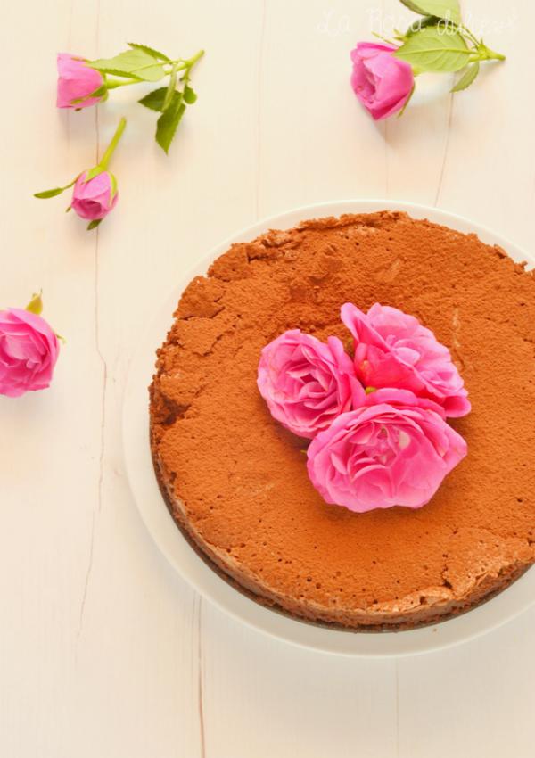 Pastel cremoso de chocolate sin gluten y sin lactosa