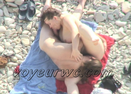 BeachHunters Sex 21091-21175 (Nude beach sex with nudist couples filmed on voyeur cam)