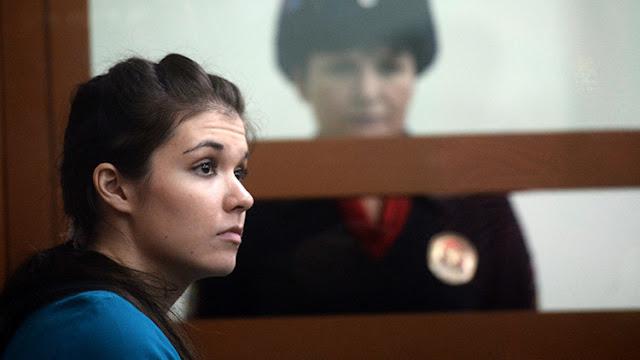 Cuatro años y medio de cárcel para una joven rusa que intentó unirse al Estado Islámico
