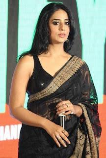 Mahi-Gill-hot-saree-picture