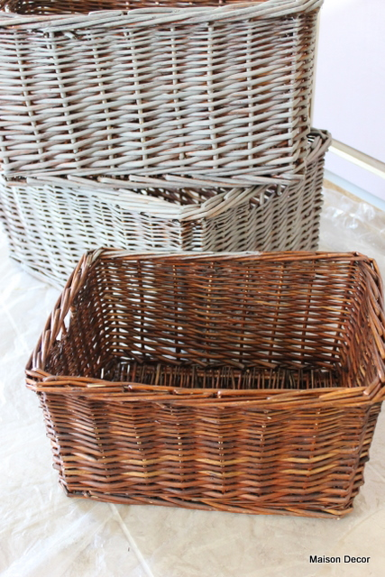 Maison Decor: Bathroom Latest: Baskets, Vanity And Fabrics