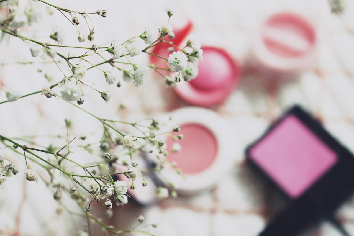 #Wiosennik barwy wiosny róż do wiosennego makijażu wiosenny makijaż jak wykonać