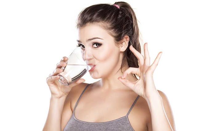 Anda mungkin ingat dengan proposal minum air putih dulu sebelum makan untuk mengurangi jum Diet pakai air putih yuk
