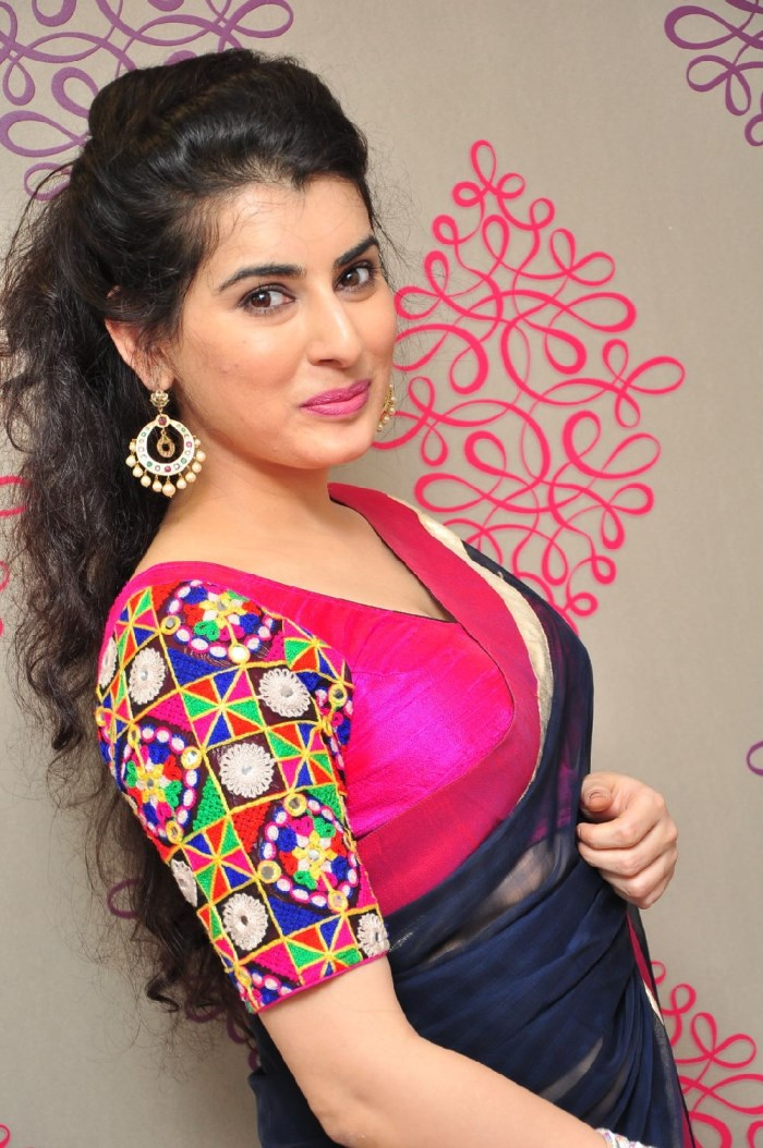 Archana Veda Hot Looking Photos In Blue Saree