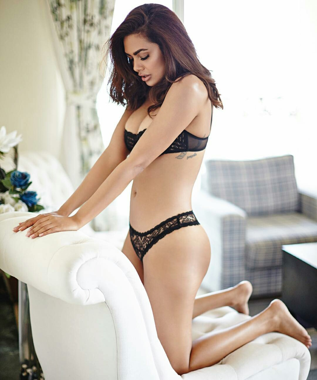 Esha Gupta Hot Seductive Bikini Photoshoot - Beautiful Actress-5410