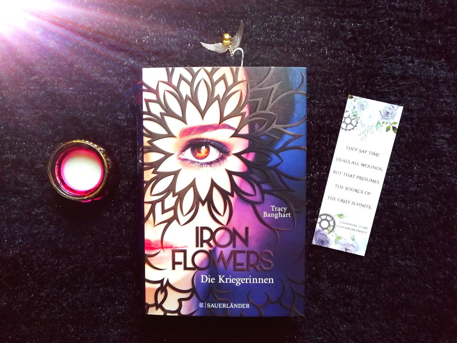 {Rezension} Iron Flowers - Die Kämpferinnen | Tracy Banghart