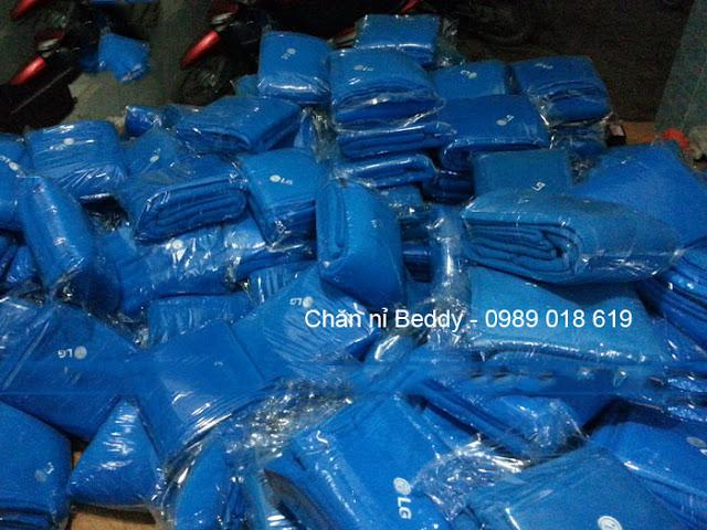 Chăn nỉ sản xuất cho LG Việt Nam màu xanh dương
