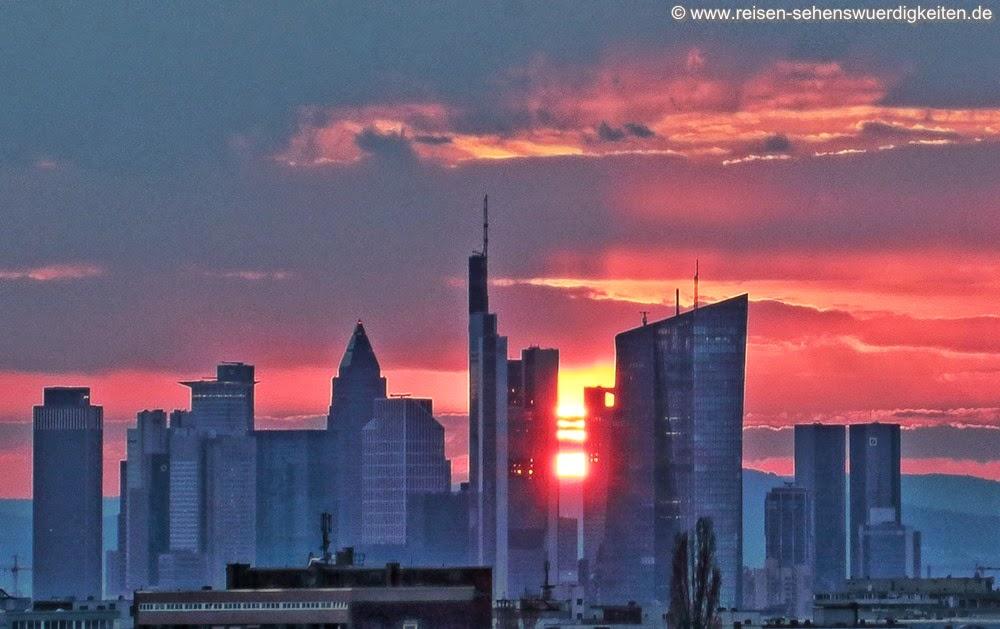 Sonnenuntergang Skyline Frankfurt am Main