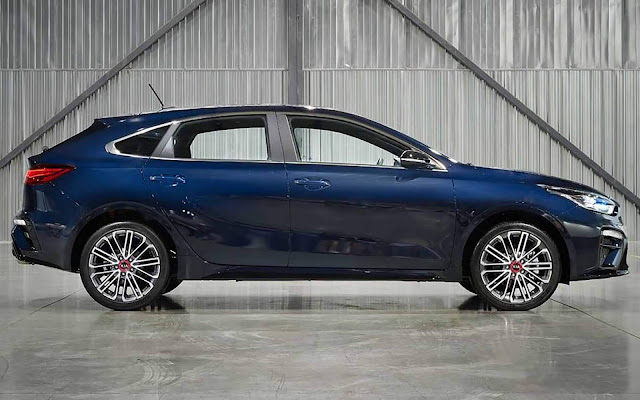 Novo Kia Cerato Hatch (Forte5) 2020