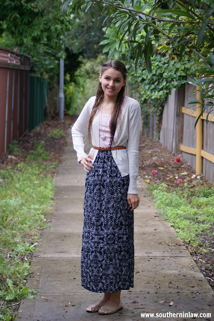 Real Girl Fashion - Fall Outfit Inspiration - Layered Maxi Skirt, Cardigan and Belt with Heart Statement Necklace