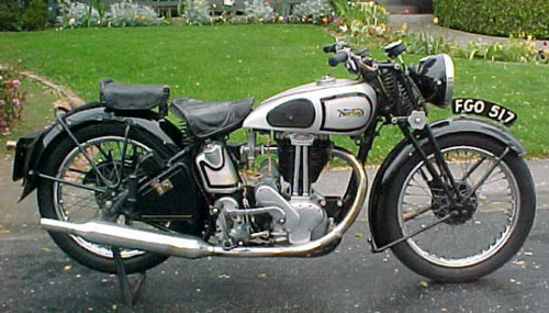 Foto Motor Antik