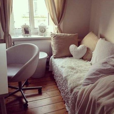 Desain Kamar Tidur Sederhana Ukuran 3x2  desain kamar tidur ukuran kecil bergaya minimalis modern