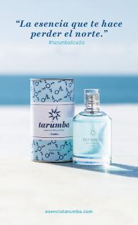 Detalle de marca de la fragancia Tarumba.